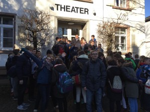 Theaterbesuch_02-2016